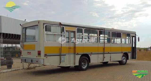 Ônibus Mercedes Benz 1318 48 Lugares ano 1994