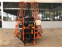 Pulverizador de Barras Hidráulicas 600 Litros Jacto AM 12 - Semi novo