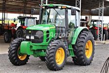 Trator John Deere 6110 J 4x4 ano 14