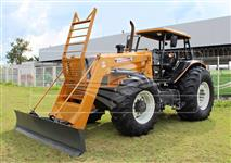 Trator Valtra/Valmet BH 165 4x4 ano 11