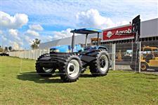 Trator New Holland TT 4030 4x4 ano 11