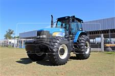 Trator New Holland TM 7030 4x4 ano 11