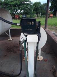 Tanque de combustível de 500 l com bomba e registro elétrico