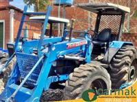 Trator New Holland TL 100 4x2 ano 01