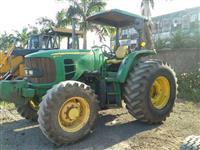 Trator John Deere 6110D 4x4 ano 11