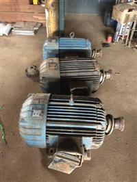 Motor búfalo 70 Cv usado tenho outros tamanhos