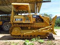 Trator Caterpillar Modelo D4E