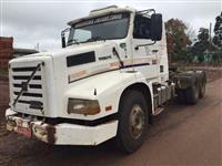 Caminhão Volvo NL12 360 6x2 ano 93