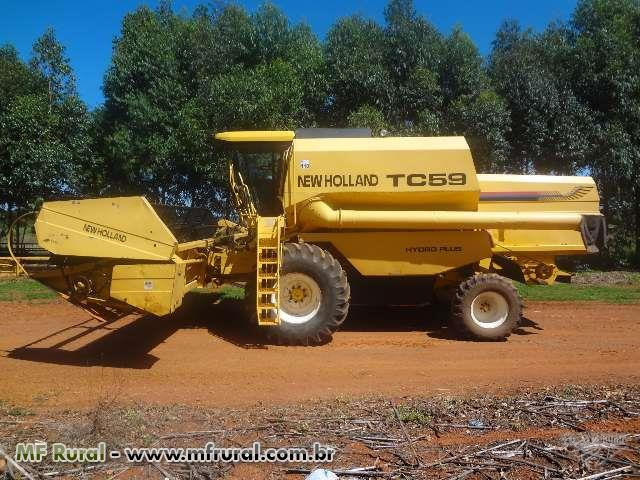 COLHEITADEIRA NEW HOLLAND TC 59 23 PÉS IMPECAVEL COM ROTOR REVISADA