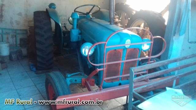 """Trator Ford/New Holland """" Trator De Estilo Relíquia """""""