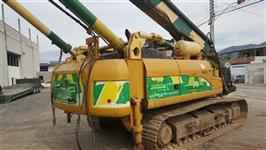 Escavadeira Caterpillar DL320