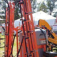 Pulverizador 600 litros manual Monojet 14 metros