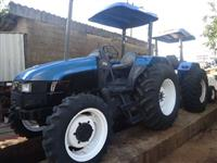 Trator New Holland TL 60 E 4x4 ano 11