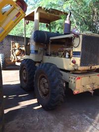 MOTONIVELADORA CATERPILLAR 120 B  (AGRICOLA CAPOEIRA GRANDE)