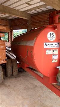 Carreta Tanque - Chorumeira - Distribuidor de Adubo Orgânico - Ipacol 4.000 L - DLV 4.0