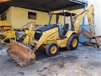 Retroescavadeira Caterpillar CAT416C