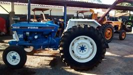 Trator Ford/New Holland 4610 4x2 ano 84
