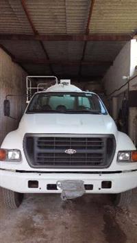 Caminhão Ford undefined