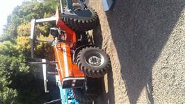 Trator Massey Ferguson 650 4x4 ano 04