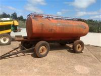Carreta tanque 4000 lts Acton