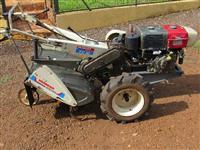 Trator Mini/Micro Trator 4x2 ano 09