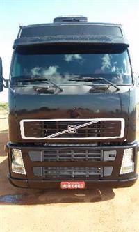Caminhão Volvo FH 380 ano 05