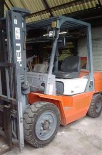 EMPILHADEIRA DIESEL HELI CPCD30 - 3,0 ton