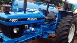 Trator Trator Ford/New Holland 4x2 ano 93