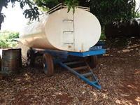 Tanque de água marca IAC 8500 lts. ano 2002