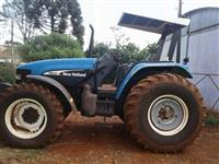 Trator New Holland TM 135 4x4 ano 08