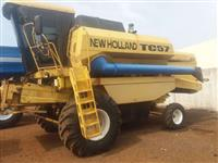 Colheitadeira New Holland TC 57 ano 96