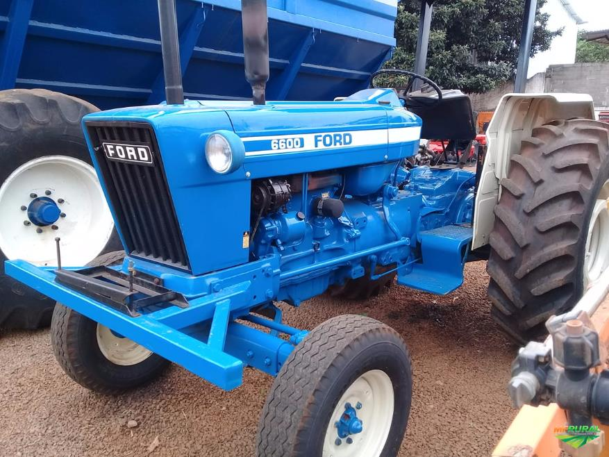 Trator Ford 6600 4x2 ano 81