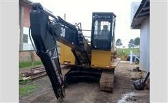 Escavadeira Caterpillar 320 CL ano 2008 com Configuração Florestal Certificada