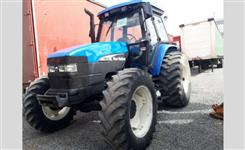 Trator New Holland TM 135 4x4 ano 02