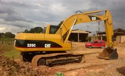 Escavadeira Caterpillar 320C ano 2007