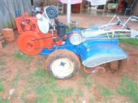 Mini/Micro Trator TOBATA TR9 4x2 ano 0