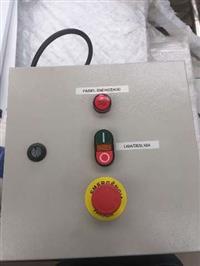 Painéis elétricos montagem