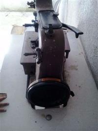 Maquina de costura newlong  baraataaa