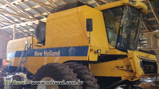 New Holland TC5090 equipada com plataforma de 25 pés