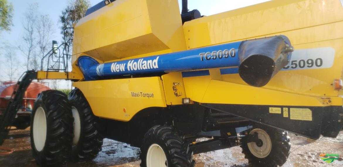 New holland TC 5090