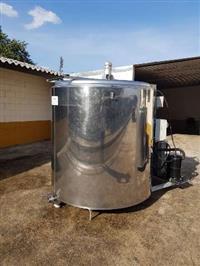 Resfriador - Tanque de resfriamento de leite 2.000 litros - Tanque de inox em ótimo estado.