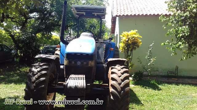 Trator New Holland TM 135 4x4 ano 04