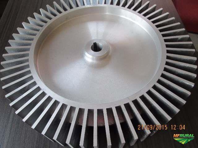 Rotor compressor radial