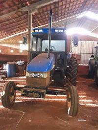 Trator New Holland TL 75 E 4x2 ano 02