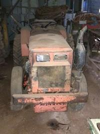 Trator Agrale 4100 4x2 ano 89