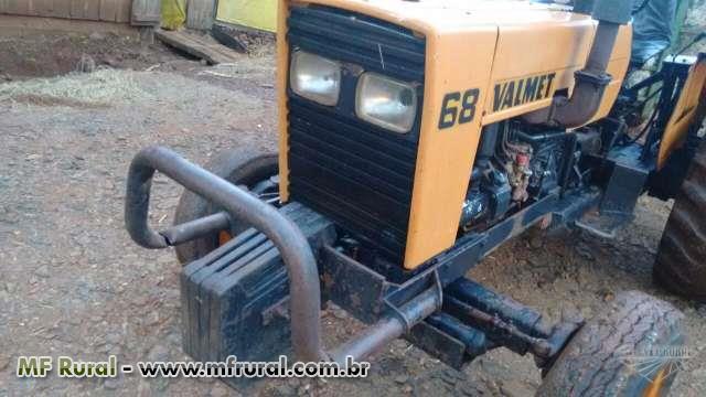 Trator Valtra/Valmet 68 4x2 ano 86
