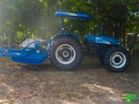 Trator New Holland TT 4030 4x4 ano 14