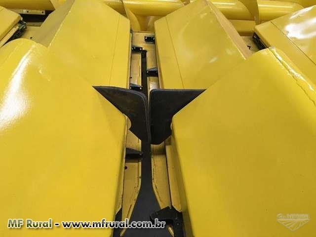 Plataforma de Milho, Marca New Holland, Modelo 8x0,50, ano 2007, revisada.