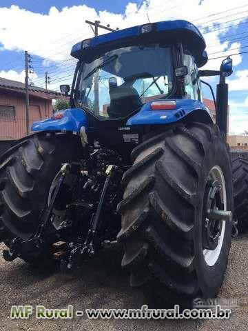 Trator Ford/New Holland T 7040 4x4 ano 12