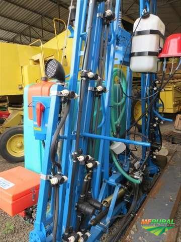 Pulverizador, Marca RubeMaq, Modelo 800 litros, Completo, ano 2018, Novo, com 16 metros de barra.